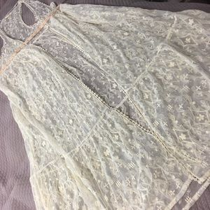 Lace embroidered duster.